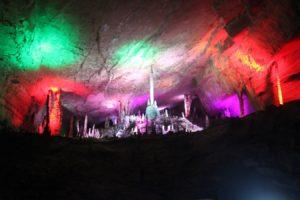 yellow-dragon-cave-4