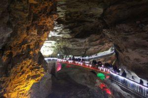 yellow-dragon-cave-6